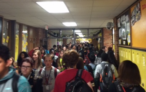 Crowded hallways affect West students