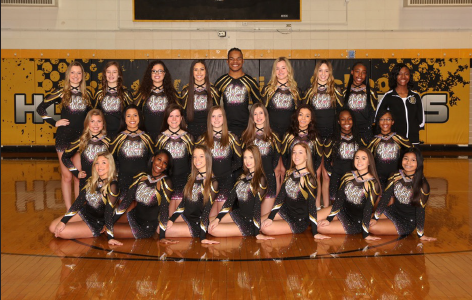 Cheerleaders hope to bounce back at state