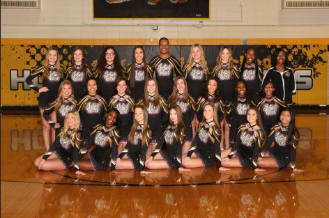 Joliet West varsity cheerleading team, competitive season team picture. Photo courtesy of VIP Photograhy.